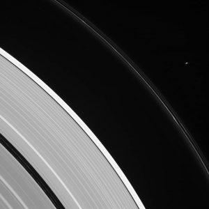 2016.10.18:孤独な衛星