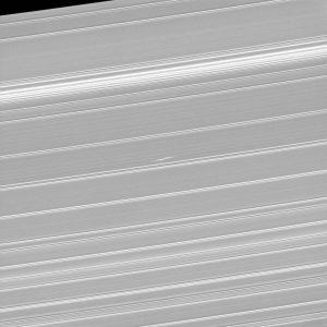 2017.03.28:土星の環に浮かぶ「プロペラ」